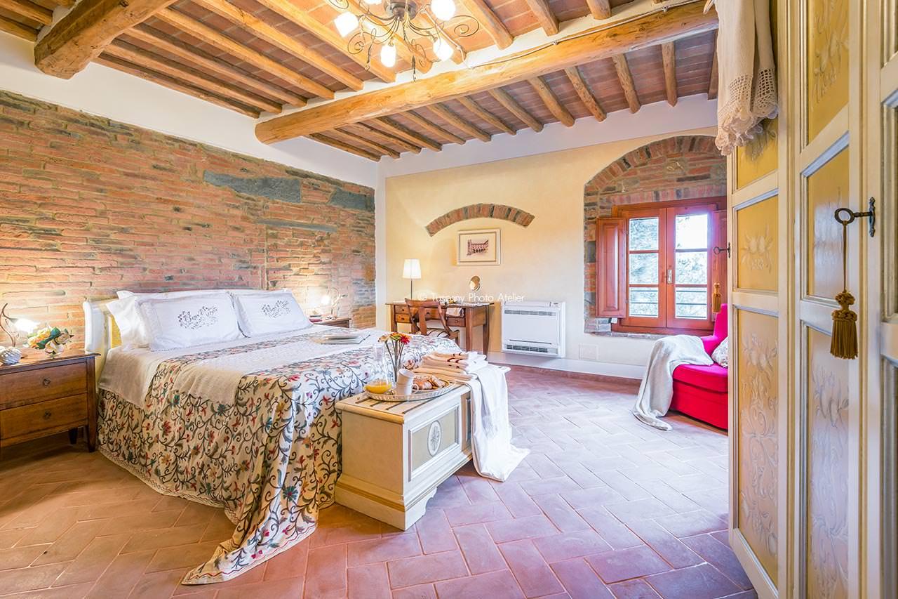 Interni camera agriturimo Villa di Moriolo San Miniato