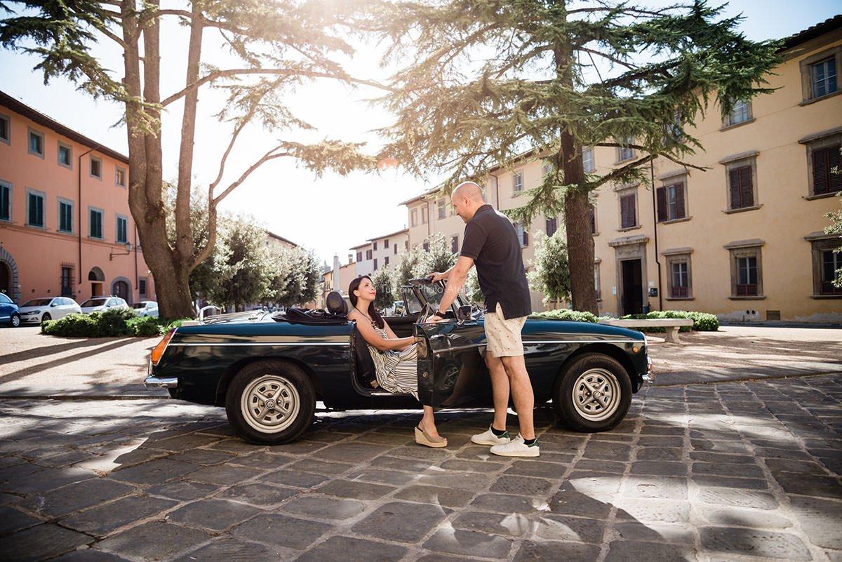 Noleggio auto d'epoca con servizio fotografico a San Miniato, Pisa